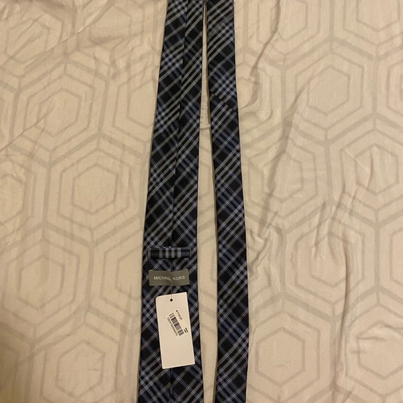 Michael khors tie
